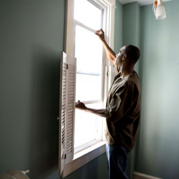 african-american-renovating-a-home-725x483.jpg